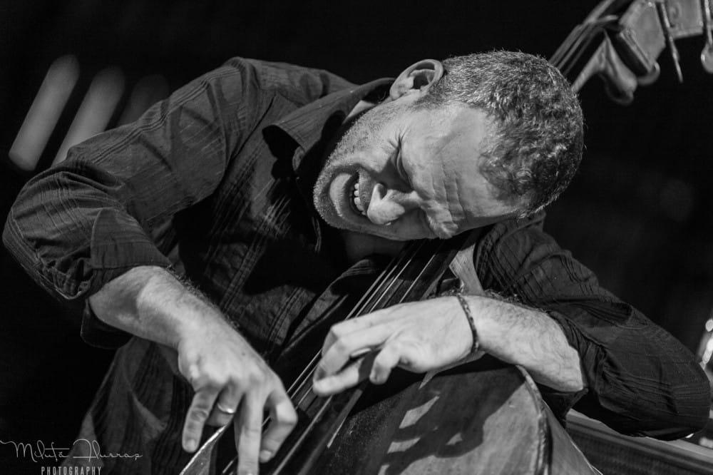 Jazzlive - Avishai Cohen en direct du Festival Jazz à la Grange