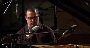 Yonathan Avishai en direct du Studio de l'Ermitage
